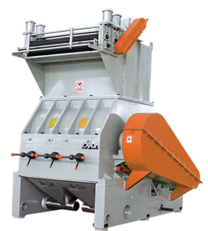V Type PET Recycling Machine 50-500 Kg/H Output 380V With Air Press Controller